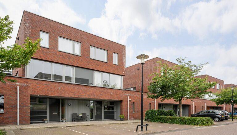 Emmensstraat 15 te Honselersdijk - in Huizen